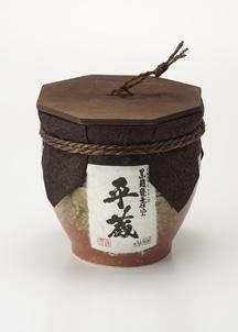 【平蔵】黒麹 亀壺入り 1800ml(芋焼酎)