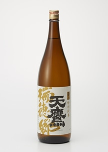 【天鷹】辛口特別純米酒「瑞穂の郷」1800ml