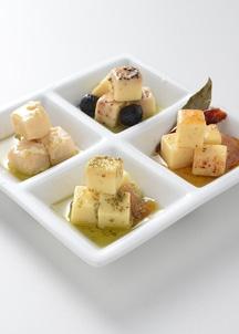 チーズのオリーブオイル漬4本セット