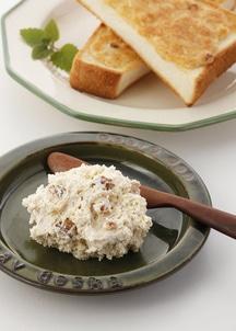 クルミのアーモンドバター