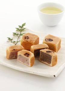 桜六方焼とチョコ六方焼のセット
