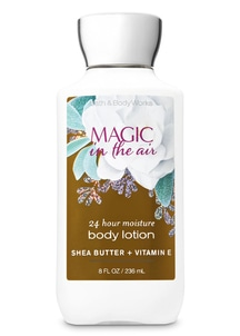 【Bath & Body Works】 マジック イン ザ エアの香り ボディローション