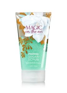 【Bath & Body Works】マジック イン ザ エアの香り_フォーミングシュガースクラブ