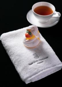 ハンドタオル&紅茶セット(ザ・リッツ・カールトンダック付き)