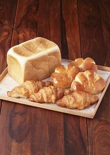ベーカーハウス食パン 1.5斤・クリームパン・クロワッサン各3個入